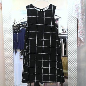 NWOT Ginger G midi dress black white stripe/plaid